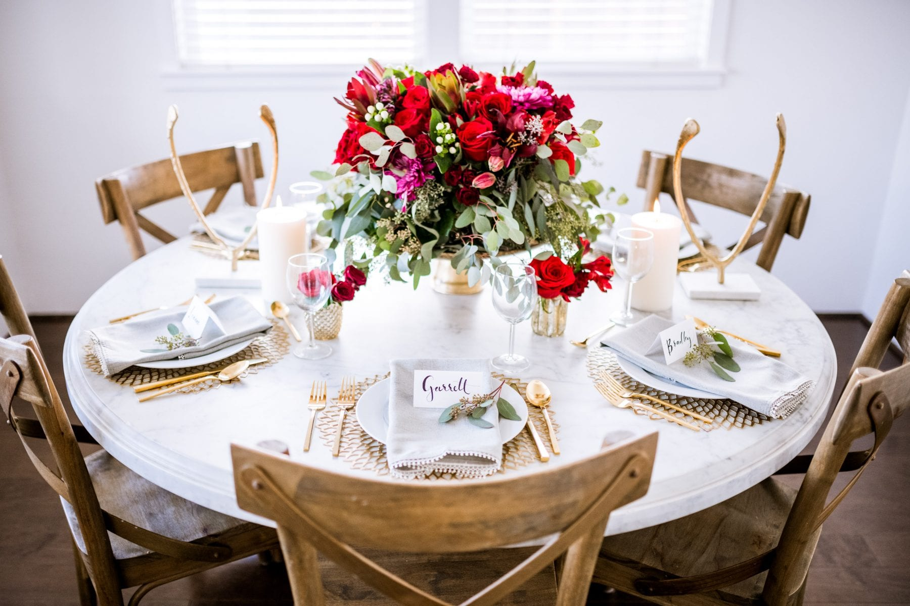 A Thanksgiving Fall Tablescape