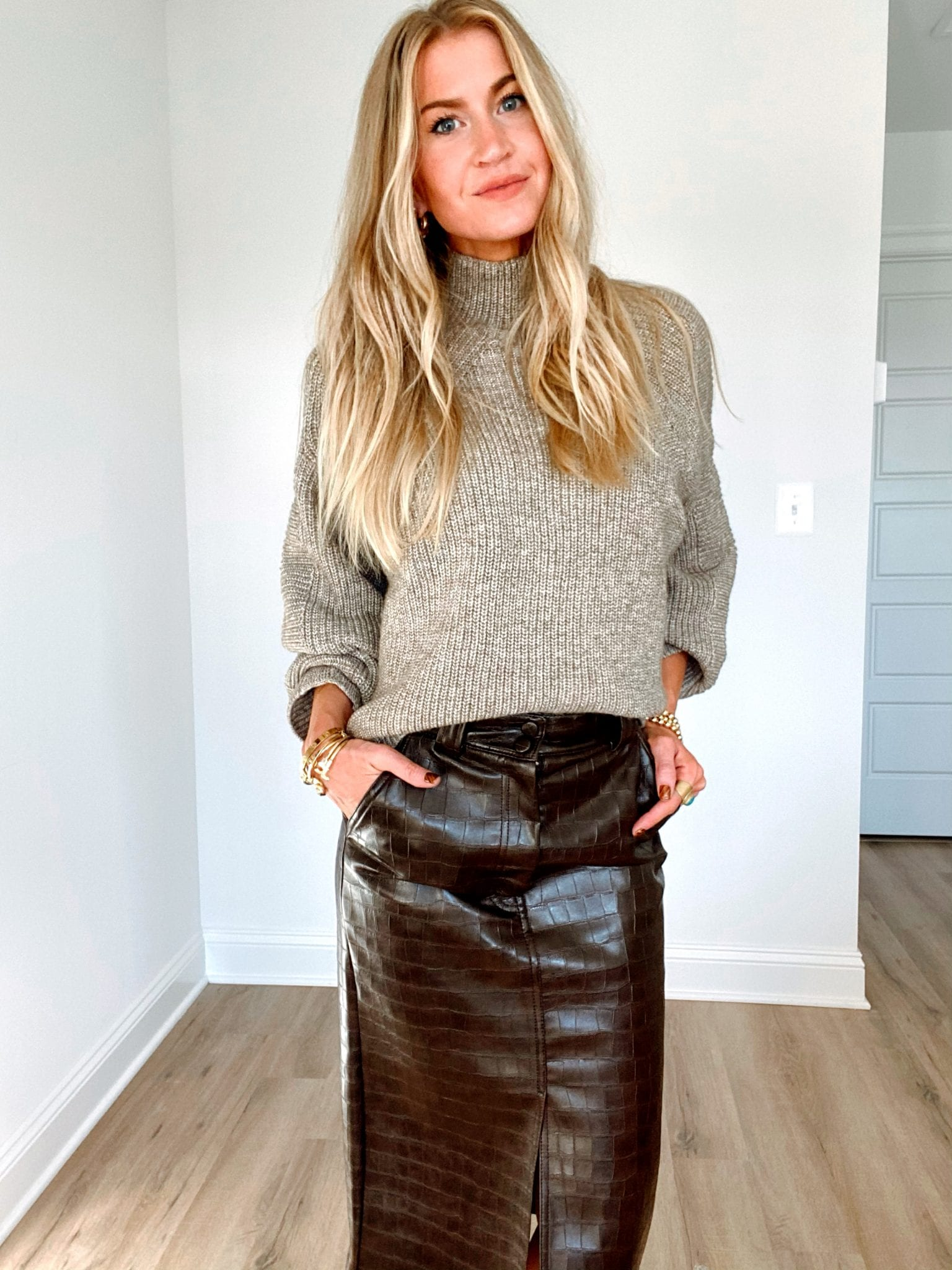 Chunky knit sweater + faux leather pencil skirt
